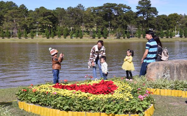 Khoảng 160.000 lượt khách tới Đà Lạt dịp Festival hoa 2017