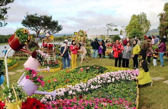 Gần 3,4 triệu lượt du khách tham quan, nghỉ dưỡng tại Đà Lạt