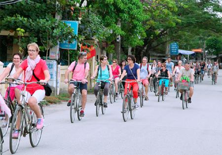 Ninh Bình: Du lịch cộng đồng hấp dẫn khách nước ngoài